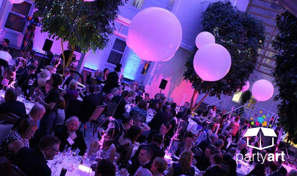 floating balloon inflatable centrepieces